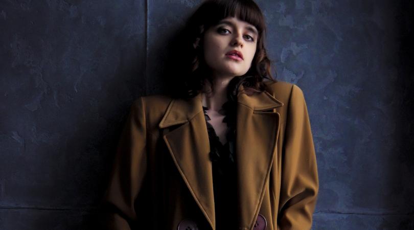basic-color-coat-woman